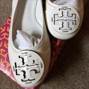 Relisted ...Tory Burch cream flats 10 1/2